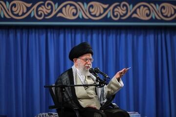 Ayatollah Khamenei: Popularity should not be a mere claim