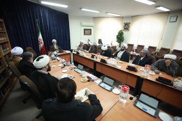 تصاویر/ جلسه شورای روابط عمومی مراکز حوزوی با حضور آیت الله اعرافی