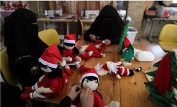 زنان مسلمان نوار غزه شادی کریسمس را با مسیحیان شریک میشوند