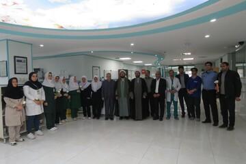 تصاویر/ بازدید امام جمعه سراب از بیمارستان امام خمینی(ره)سراب به مناسبت روز پرستار