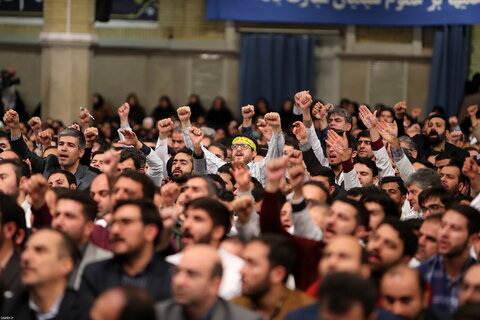 دیدار هزاران نفر از پرستاران کشور با رهبر معظم انقلاب