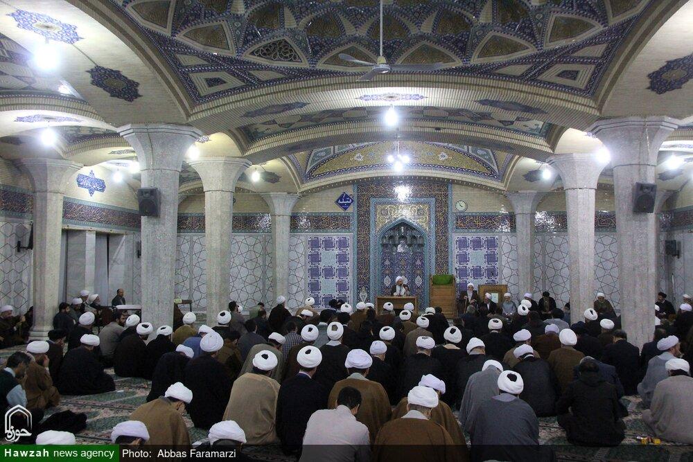 تصاویر/ گردهمایی طلاب و روحانیون گیلانی مقیم قم