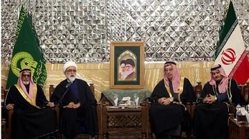 AQR chief custodian slams US airstrikes on Hashd al-Shaabi