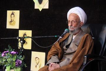 عزت امروز روحانیت به برکت امام و انقلاب در تاریخ بی نظیر است
