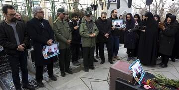 اصحاب رسانه همدان بر مزار شهید همدانی با شهدا تجدید بیعت کردند