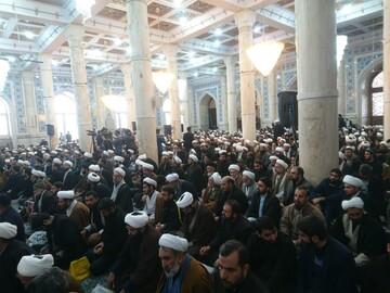 تجمع حوزویان هم اکنون در مسجد اعظم آغاز شد