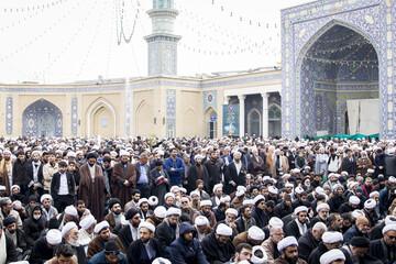 فیلم| اجتماع ضدتروریستی حوزویان در مسجد اعظم قم