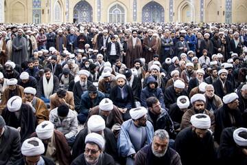 تصاویر/ تجمع ضد تروریستی حوزویان در مسجد اعظم قم -۱