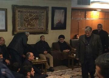 حضور مقتدی صدر در منزل سردار شهید سلیمانی + عکس