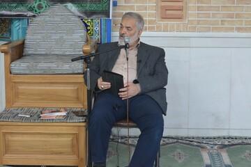قدیری ابیانه : میزان کار مفید در ایران ۲۲ دقیقه در روز است/ یک کُره ای  ۲۶ برابر  ایرانی کار می کند