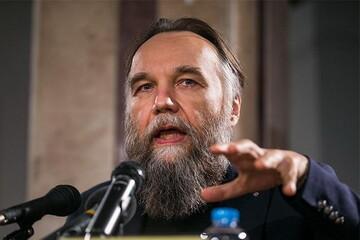 اندیشمند معروف روسیه:  مقاومت جدیدی از روح ژنرال سلیمانی متولد میشود