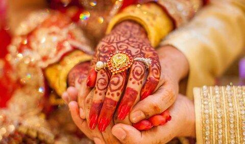مسجد کرالا برای خانواده فقیر هندو مراسم ازدواج می گیرد