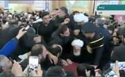 فیلم| بوسه و گریههای آیتالله نوری همدانی بر تابوت سپهبد شهید حاج قاسم سلیمانی