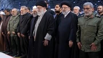 Ayatollah Khamenei leads prayer for body of Martyr General Soleimani