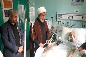 عیادت امام جمعه شهرستان بویین زهرا از پدر شهید حسین سرشار