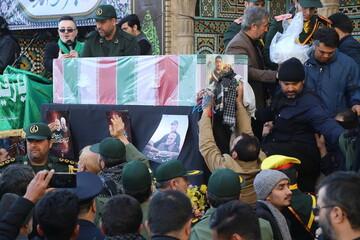 تصاویر / مراسم تشییع و تدفین پیکر شهید شهروز مظفری نیا در قم