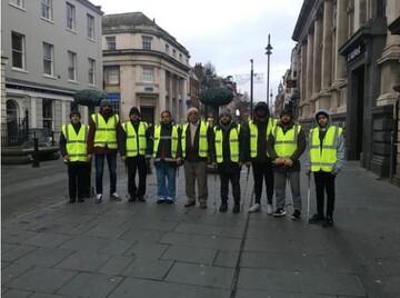 قدردانی از مسلمانان بریتانیا برای شرکت در کمپین پاکیزگی خیابان