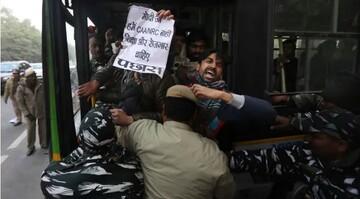 بازداشت ۱۲۰۰ معترض به قانون جدید شهروندی در اوتارپرادش هند