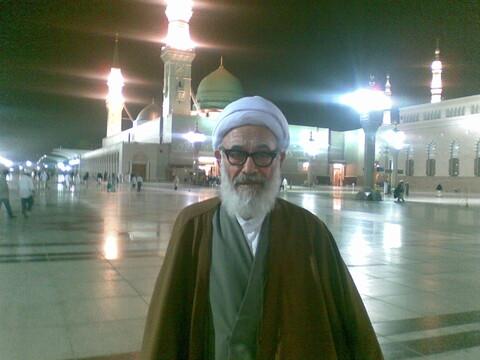تصاویری از مرحوم حجت الاسلام والمسلمین کیایینژاد