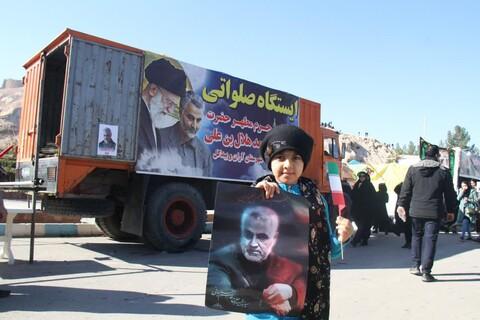 ایستگاه صلواتی آستان مقدس هلال بن علی (ع)آران و بیدگل در مسیر تشییع سردار سلیمانی در کرمان