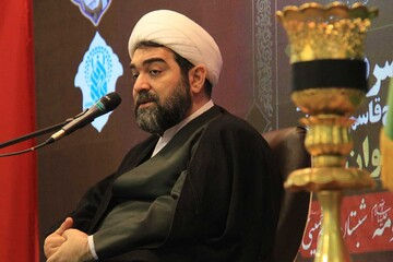 حضرت زهرا(س) اسوه مقاومت و عزت بشریت است/ملت ایران شهامت را از زهرا (س)آموخته است