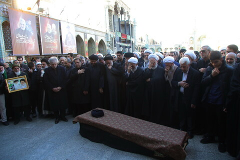 تصاویر / مراسم تشییع پیکر آیت الله سید هاشم رسولی محلاتی در قم