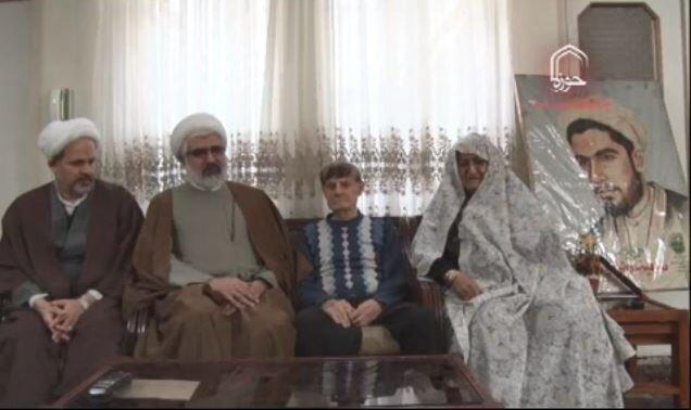 دیدار مدیر حوزه قزوین با خانواده شهید
