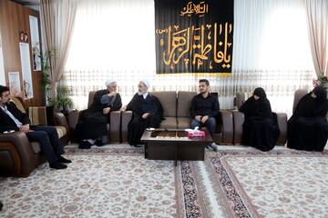 تصاویر/ دیدار آیت الله اعرافی با خانواده جانباختگان سقوط هواپیمای اوکراینی