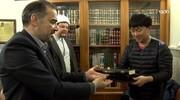 حرم مطہر امام رضا علیہ السلام میں 20 افراد نے اسلام قبول کیا