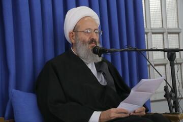 مرحوم آیت الله مصباح یزدی استادی برجسته و متفکر در علوم اسلامی بود