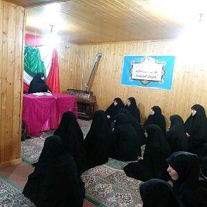 نشست بررسی سیره امام سجاد(ع) در مدرسه علمیه الزهرا(س) محمودآباد