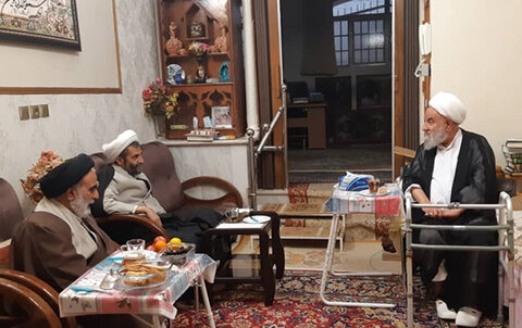 دیدار رئیس مرکز خدمات حوزه های علمیه با آیت الله باکویی