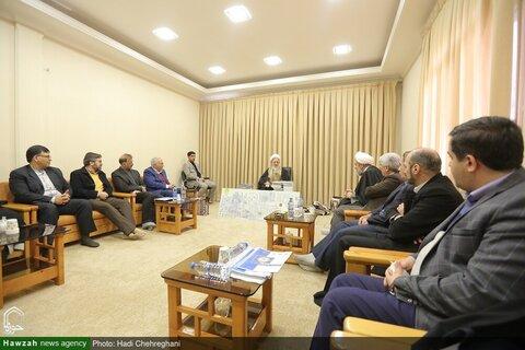 بالصور/ أعضاء بيت الحكمة في أصفهان يلتقون بسماحة آية الله جوادي الآملي بقم المقدسة