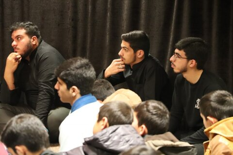 مراسم گرامیداشت سپهبد شهید سردار سلیمانی و جانباختگان سقوط هواپیما در مدرسه علمیه امام صادق(ع) قروه