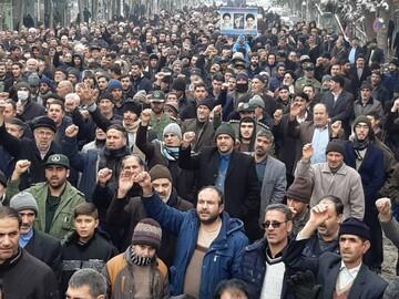 تصاویر/ راهپیمایی نمازگزاران بنابی در حمایت از سپاه پاسداران و امنیت میهن