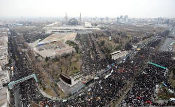 تصاویر/ اقامه نماز جمعه تهران به امامت رهبر معظم انقلاب اسلامی