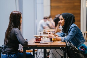 Muslim millennial's site dispels stereotypes for millions