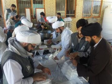 کمک های حوزویان قروه به سیل زدگان سیستان و بلوچستان