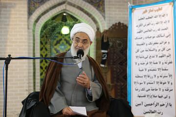 اسم، عنوان و نفوذ هیچ کس غیر از خدا نباید در مساجد باشد