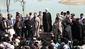 الرئیس روحاني: الحكومة تقف الى جانب المنكوبين بالسيول