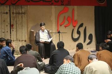 تصاویر/ جلسه تمرین منبر طلاب مدرسه علمیه امام صادق (ع) قروه