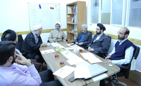 نشست شورای قطب بنیادهای نظری و نظام متقن علوم انسانی و اسلامی