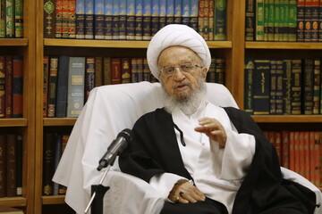 فیلم| نظر آیت الله العظمی مکارم درباره طب اسلامی