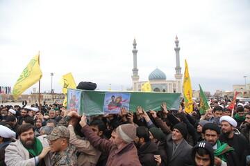 تصاویر/ تشییع پیکر شهید مدافع حرم حجت الاسلام والمسلمین سید رحمت الله موسوی در قم