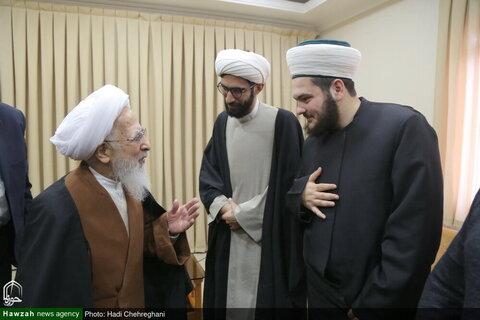 بالصور/ عدد من شباب الشيعة وأهل السنة في تركيا يلتقون بسماحة آية الله العظمى جوادي الآملي بقم المقدسة