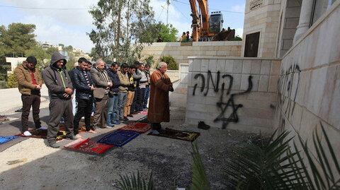 Jewish settlers torch mosque in Al – Quds  (Jerusalem)