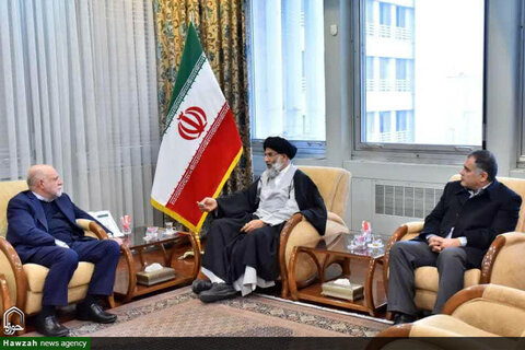 دیدار نماینده ولی فقیه در خوزستان با وزیر نفت