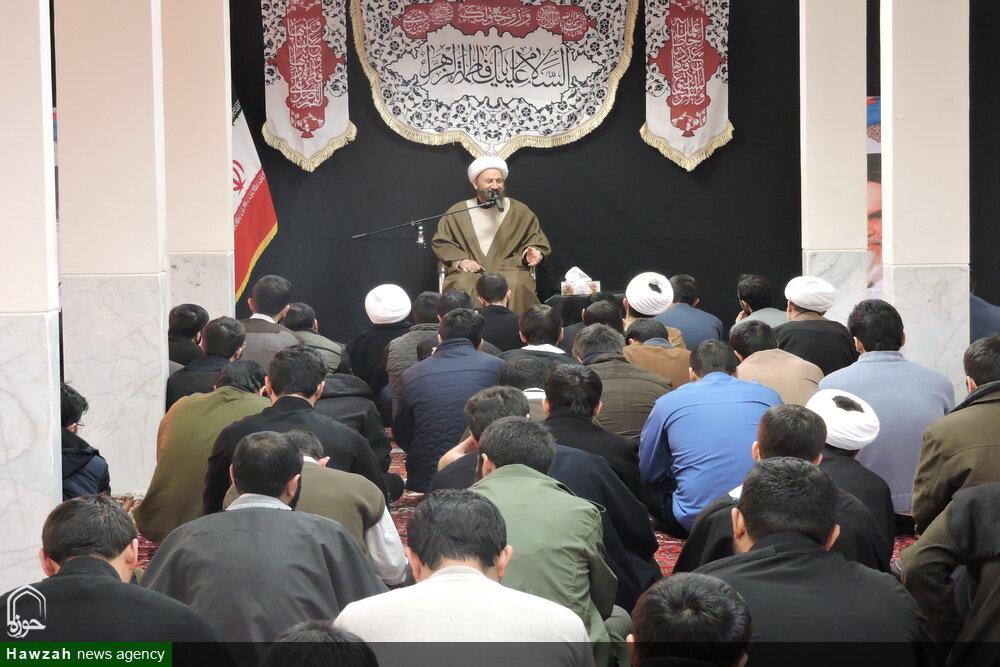 تصاویر/ جلسه درس اخلاق در مدرسه علمیه ولیعصر(عج) تبریز