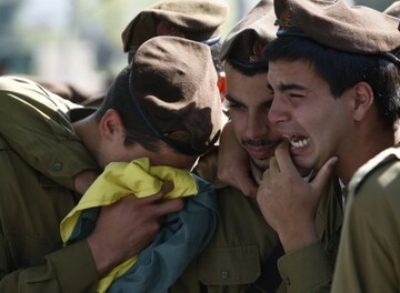 Unlike Hezbollah fighters, Israeli troops lack combat motivation: Zionist military analyst
