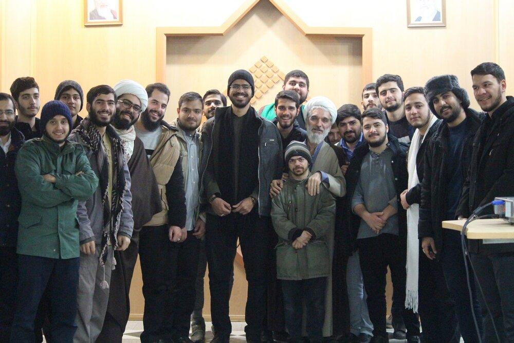 اردوی زیارتی طلاب مدرسه امام محمدباقر(ع) تهران در قم+ عکس